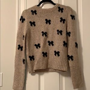 Bow embellished sweater